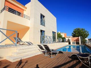 Villa Corcovada, Oura Strip, Albufeira, Algarve - Algarve vacation rentals