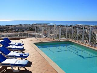 Albufeira Penthouse, Oura Strip, kuxury accommodation, Albufeira rentals - Algarve vacation rentals