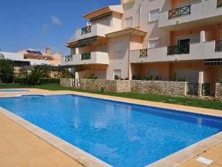 Açoteias - Jardins do Vale Quinta do Paiva Apartment - calm area near the most beautiful beaches in - Albufeira vacation rentals
