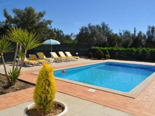 Casa Ninho, country villa in Albufeira centre, near the Strip and all facilities - Algarve vacation rentals