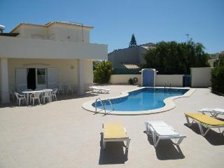 Casa Praia da Galé, praia da Galé, algarve villa, Albufeira, Portugal - Albufeira vacation rentals
