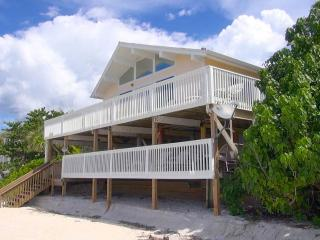 Perfect 2 bedroom North Captiva Island House with Deck - North Captiva Island vacation rentals