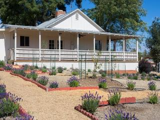 Lavender Hill Cottage - Templeton vacation rentals