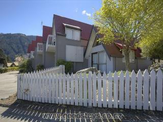 Wakatipu Central Queenstown Apartment 1 - Queenstown vacation rentals
