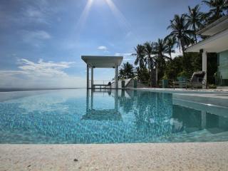 Spacious Villa with Internet Access and A/C - Laem Set vacation rentals
