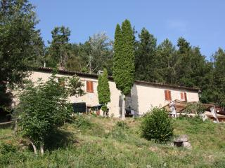 Casa Domenica, holidayhouse with pool in Piemonte - Monastero Bormida vacation rentals