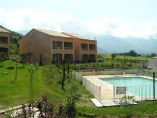 Cozy 2 bedroom Condo in Casta - Casta vacation rentals