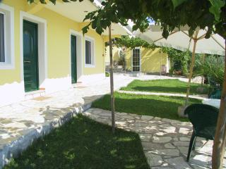 Beautiful Kalamitsi Studio rental with Internet Access - Kalamitsi vacation rentals