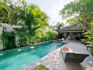 Drupadi 16A, Luxury 3 Bed Villa, Central Seminyak - Seminyak vacation rentals