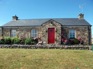 Charming 3 bedroom Cottage in Ballyshannon with Internet Access - Ballyshannon vacation rentals