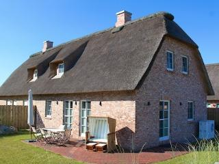 Bright Sankt Peter-Ording House rental with Deck - Sankt Peter-Ording vacation rentals