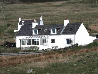 4 bedroom Cottage with Internet Access in Kinlochbervie - Kinlochbervie vacation rentals
