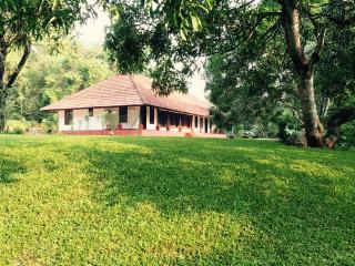 Bright 2 bedroom Vacation Rental in Alappuzha - Alappuzha vacation rentals
