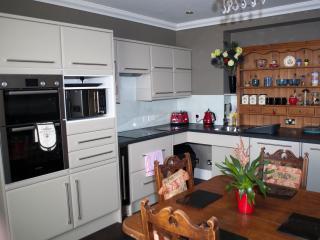 Perfect 7 bedroom House in Invergordon with Internet Access - Invergordon vacation rentals