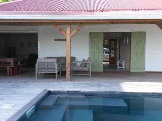 Bright 4 bedroom Capesterre Villa with Internet Access - Capesterre vacation rentals