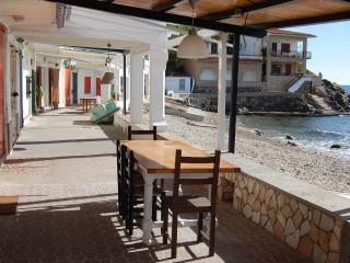 1ª Linea Palamos Playa Cala Margarida Casa14 - Palamos vacation rentals