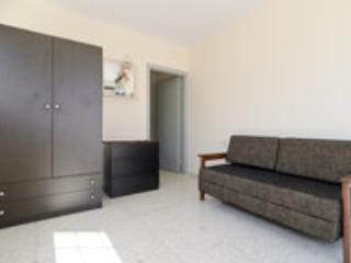 Low cost holiday home sleeps 5/6 - Oroklini vacation rentals