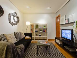 Fuencarral apartment - Madrid vacation rentals