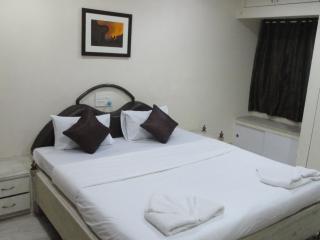 Angson Apartment-3 BHK-Nungambakkam2 - Chennai (Madras) vacation rentals