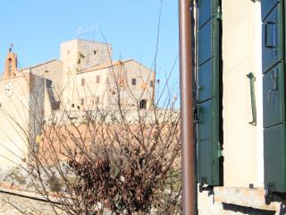 Le Case Antiche - La Casa della Peggiola - Verucchio vacation rentals