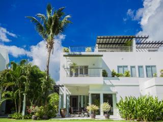 Fantastic house on Phuket's Cape Yamu - Phuket vacation rentals