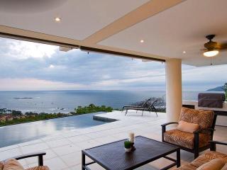 Villa Paraiso, Amazing 8 BR Ocean VIew Luxury Villa, -20% off through Green Season! - Tamarindo vacation rentals