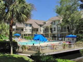 Courtside 3 Bdrm,3.5 Bathroom,Walk to Beach & Pool - Hilton Head vacation rentals