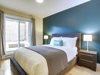 Flatbook Hotel - 1 BR - Sleeps 4 - Montreal vacation rentals