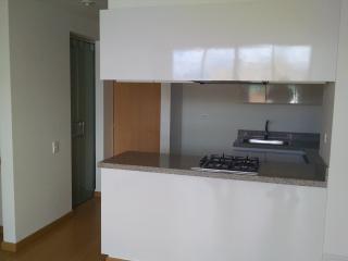 Apartamento cerca a aeropuerto, amoblado, cocina - Bogota vacation rentals