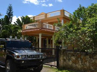 City Villa, big pool. Garden. Ocean View. 4bedrooms. Security. Closed territory. - Sosua vacation rentals