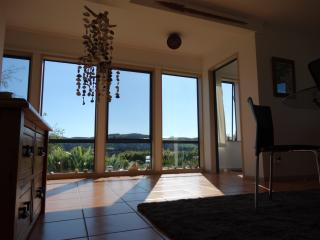Nice Cottage with A/C and Microwave - Invercargill vacation rentals