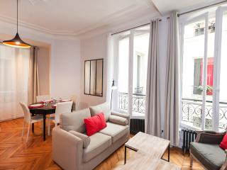 Brand new 2 bedrooms with lift and disabled access - Ile-de-France (Paris Region) vacation rentals