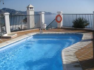 Cala Balcón de Auropa 1 bedroom apartment - Nerja vacation rentals