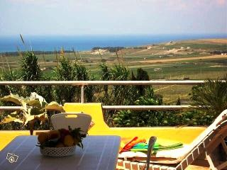 Between the sea and the countryside holiday home Castellana   Fra il mare e la campagna casa vacanze Castellana - Sciacca vacation rentals