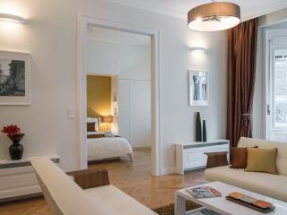 Paulay Premium Suite Opera, WiFi, AC, 2 BR, 2 BA on 90 sqm. next to Opera - Budapest vacation rentals