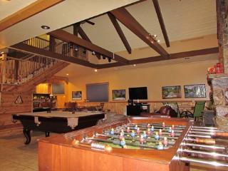 #097 Bear Family Lodge - Big Bear Lake vacation rentals