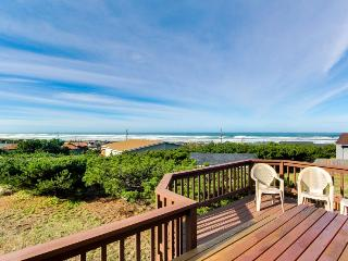 Dog-friendly w/ breathtaking ocean views, seasonal pool & close beach access! - Waldport vacation rentals
