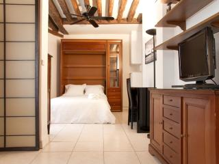 58. Comfortable 1BR in the Best Location - Paris vacation rentals