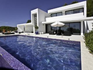 ROC120001 - Roca Llisa vacation rentals