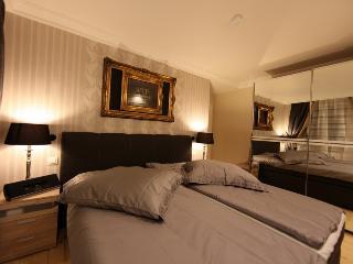 Romantic 1 bedroom Condo in Essen - Essen vacation rentals