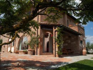 Villa In Montepulciano - Acquaviva di Montepulciano vacation rentals