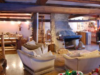 Catered chalet in french alpes/From £299pp BookNow - Montalbert vacation rentals