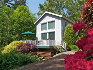 Bakerview Retreat Guest Cottage - Bellingham vacation rentals