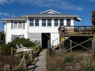 "1204 Palmetto Blvd - "" Edgewater"" Up Only - Edisto Beach vacation rentals"