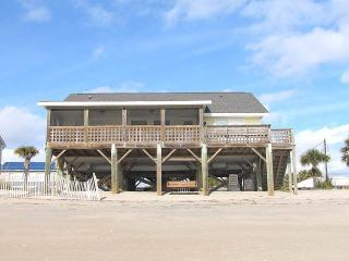 "208 Palmetto Blvd - ""Tuckered Out"" - Edisto Beach vacation rentals"