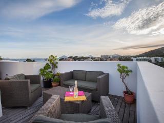 Penthouse apartment with private rooftop & jacuzzi - Port de Pollenca vacation rentals