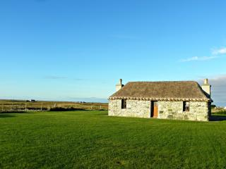 Romantic 1 bedroom Cottage in South Uist with Internet Access - South Uist vacation rentals