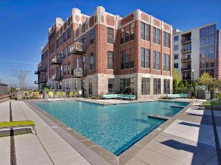 Stay Alfred Rooftop Pool Near River Walk CV2 - Nashville vacation rentals