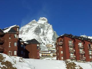 Breuil-cervnia ski holiday apartment - Breuil-Cervinia vacation rentals