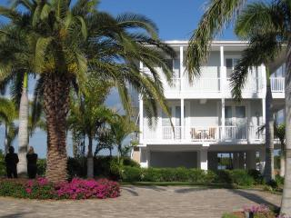 Lazy Daze (28 Day Minimum) - Key Largo vacation rentals